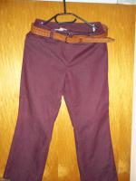 'Rote Hose mit Gürtel Größe 38'