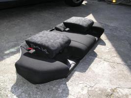 Foto 3 Rücksitzbank mit Integrierten Kindersitzen