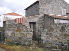 Foto 5 Rüstikales Renovierbedürftiges Haus in Portugal