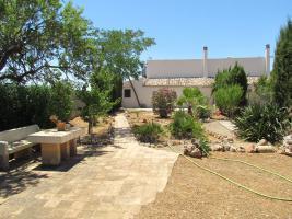 Foto 2 Ruhig gelegene Fincahälfte mit 4 Schlafzimmern auf dem Land bei Campos zur Langzeitmiete