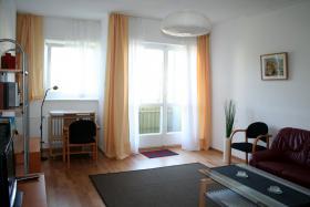 Foto 13 Ruhige 2-Raum-Wohnung in Bln auf Zeit