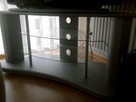 Foto 2 Runder Esstisch (D=1,10m), 6 Stühle und TV Tisch