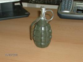 Russische Handgranate F1 -Deko-