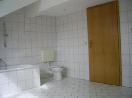 Foto 3 Rustikale 3-Raum DG Wohnung sofort frei