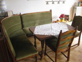 Rustikale Eckbank + Tisch + 2 Stühle