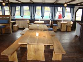 rustikale gartengarnit r aus massiv eiche in w rzburg eiche holz gartenm bel set. Black Bedroom Furniture Sets. Home Design Ideas