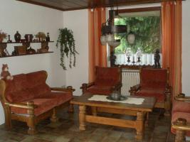 rustikale landhaus polstergarnitur in helmstedt von privat. Black Bedroom Furniture Sets. Home Design Ideas
