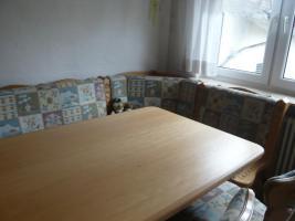 Foto 3 Rustikaler Eckbank mit zwei Stühlen und Tisch ausziehbar
