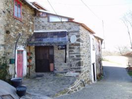 Rustikales Steinhaus in Naehe Bragan�a/Nordportugal
