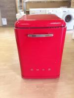 SMEG Spülmaschine Rot