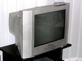 Foto 3 SONY Trinitron Color TV  KV-21CL10E