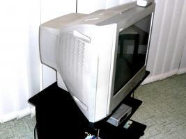 Foto 4 SONY Trinitron Color TV  KV-21CL10E