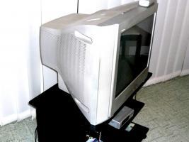 Foto 4 SONY Trinitron Color TV  KV-21CL10E