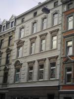 Foto 6 SUPER! KAPITAL ANLAGE! Euro-66.000,00 Jahres Mieteinn., Verkaufpr..: 420.000,00 Euro City-Randlage 42105 Wuppertal-Elberfeld-zwei 8 Fam-Häuser, Kpr.295.000, und ein 7 Familien-Haus, 200,000,00 Kompletter Verkaufpr. 420.000,00 Euro -ME-ca.66.000,00- Euro