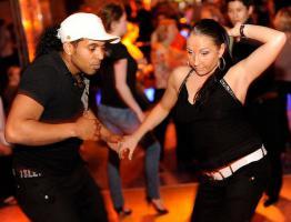 Foto 3 Samba, Forró und Samba de Gafieira, Brasilianische Paartanz, Salsa, Kizomba und Brazil Power Dance Tanzkurse in Berlin