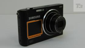 Foto 3 Samsung DV300F Dual View 2 LCD Monitore WLAN 16.0 MP