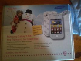 Samsung Galaxy Y gts 5360 Prepaid mit D1 Karte 3 fach-Flat