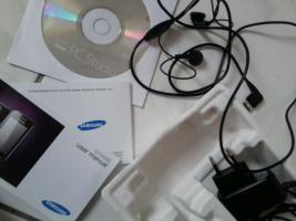 Foto 4 Samsung Handy klein und Fein mit Verpackung