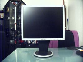 Samsung Syncmaster 940B
