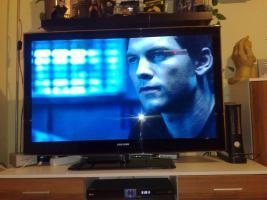 Samsung UE46B6000 LED Fernseher mit Restgarantie !!! superschlank