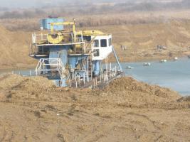 Foto 4 Sand-Kiesgruben oder eine Goldmine in Ungarn und Serbien