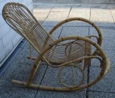 Schaukelstuhl korb schaukelstuhl rattan schaukelstuhl for Schaukelstuhl bambus