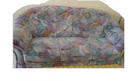 Schicke Couchgarnitur, top Zustand, Liefer. möglich