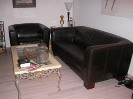 Foto 4 Schicke moderne Ledergarnitur - 1 Sessel und 1 Zweisitzer