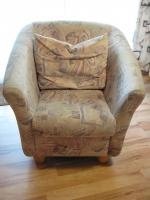 Foto 5 Schlafcouch-Federkern –Ottomane- mit Sessel