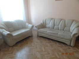 Foto 3 Schlaffzimmer, Küche 3 m mit Garantie-Spühle, 2 Ledersofe (1 Doppel/Schlaf), Flur- und Gartenmöbel