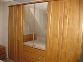 Schlafzimmer Erle/Buche teilmassiv