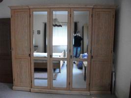 Schlafzimmer Kiefer (teilmassiv)