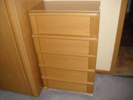 Foto 3 Schlafzimmer Komplett mit Schubladenschrank und Sidebord