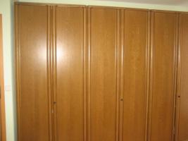schlafzimmer eiche rustikal massiv in gommersheim rustikal eiche. Black Bedroom Furniture Sets. Home Design Ideas