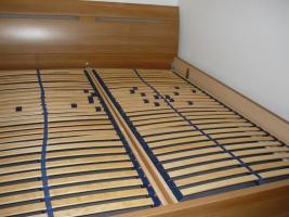 Schlafzimmer komplett - Schwebetürenschrank - Doppelbett - 2 Nachtkästchen