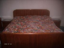 Foto 4 Schlafzimmer komplett, mit Spiegelkommode, 2 Nachttische, .... -alt