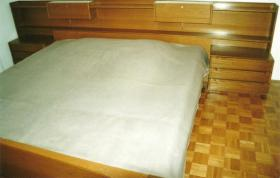 Schlafzimmer sehr günstig zu verkaufen