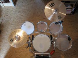 Foto 2 Schlagzeug f�r Guggemusik