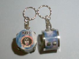 Schlüsselanhänger Drum – Kiss – Gene Simmons