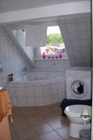 Sch�ne 2 Zimmer Wohnung, Bad mit Eckbadewanne ab sofort zu vermieten