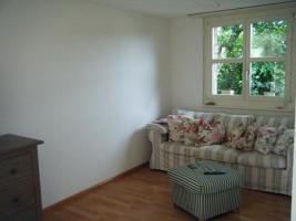 Foto 2 Schöne 3,5 Zimmerwohnung in Biel-Benken zu vermieten