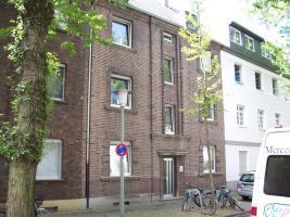 Sch�ne Dachgeschosswohnung in Krefeld, Krankenanstalten