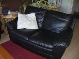 Foto 3 Schöne Echt-Leder Couch 3 + 2 Sitzer zu verkaufen