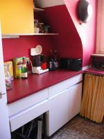 Schöne Einbauküche im 60er Jarhe Stilmit Spülmaschine, Spüle, Abzugshaube, Tisch!
