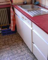Foto 5 Schöne Einbauküche im 60er Jarhe Stilmit Spülmaschine, Spüle, Abzugshaube, Tisch!