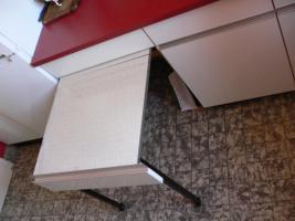 Foto 7 Schöne Einbauküche im 60er Jarhe Stilmit Spülmaschine, Spüle, Abzugshaube, Tisch!