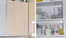 Foto 5 Schöne Einbauküche in Ahorn
