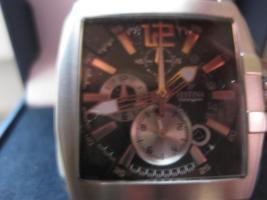 Foto 3 Schöne Festina Uhr ( Chronograph ) Schönes Design