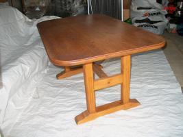 Foto 6 Schöne Fichte- Echtholz-Garnitur für Wohnküchen