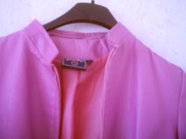 Foto 3 Schöne Jacke für Damen
